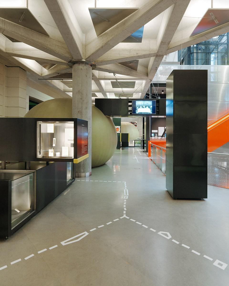 维也纳智能技术博物馆展厅设计5