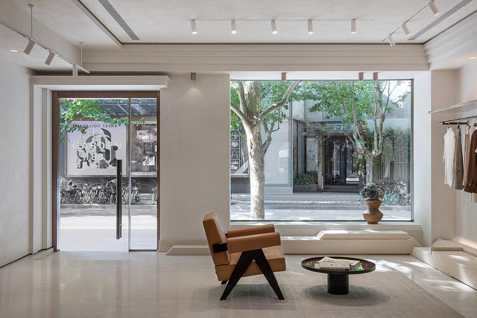 上海-建筑摺痕-–-ANEST-Collective品牌店设计水相设计04.jpg